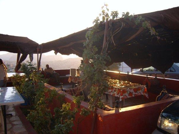 petra-valentine-hostel-terrace