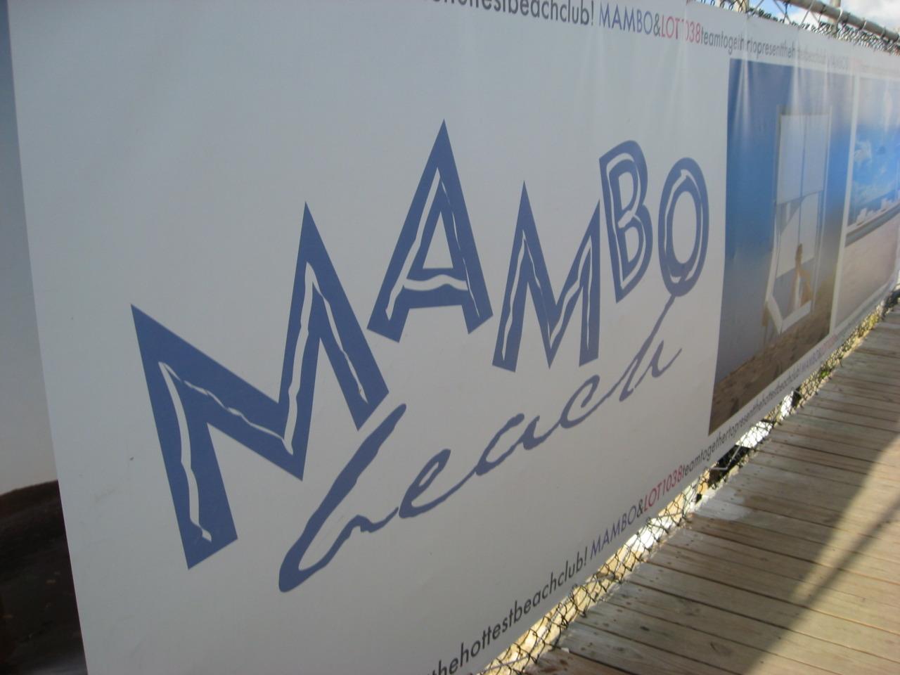 beaches of Curacao, Mambo beach sign