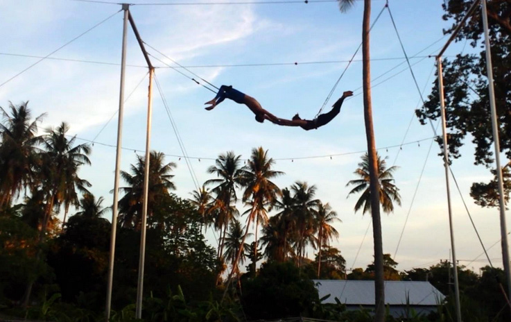 trapeze, unique Koh Tao attractions